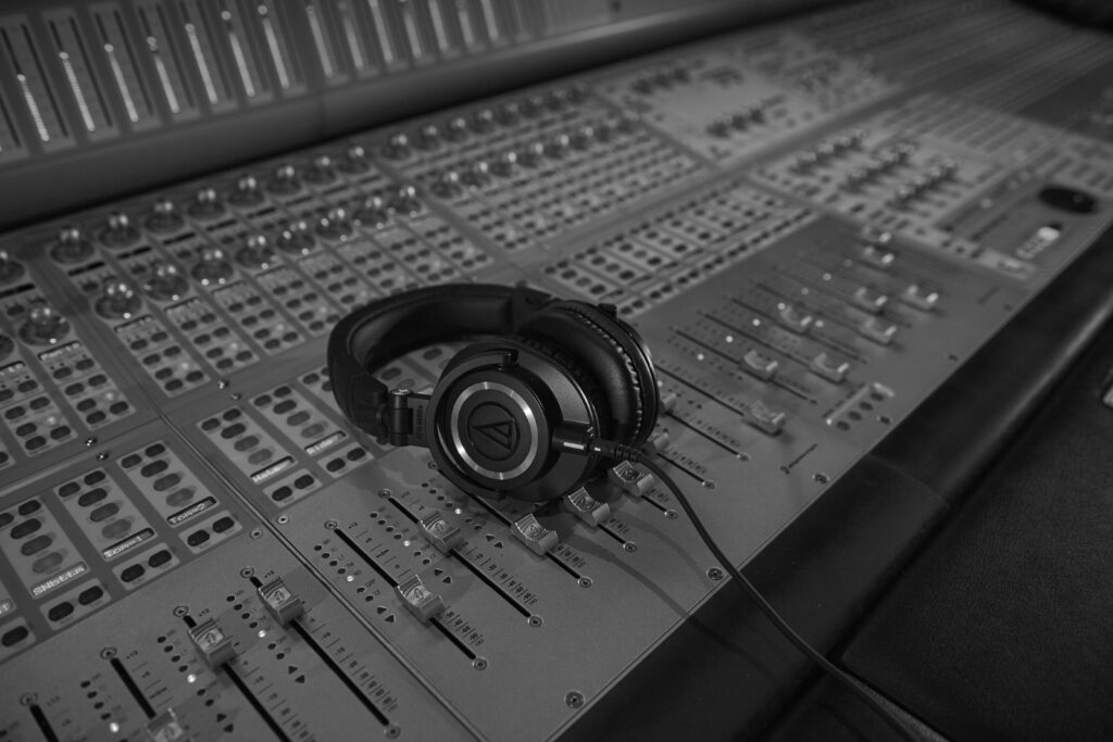 https://www.audio-technica.com/wordpress/app/uploads/IMAGE-TWO-1024x683.jpg